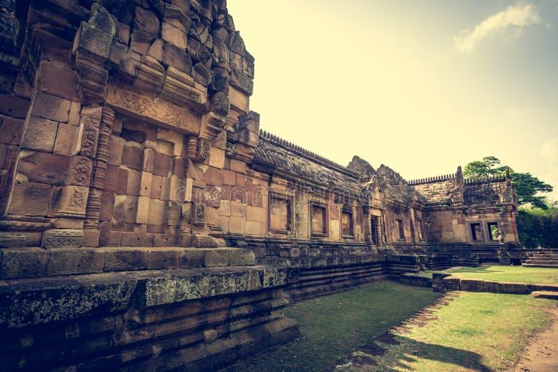Замок камня ранга Prasat Hin Phanom или ранга Phanom стоковые изображения rf