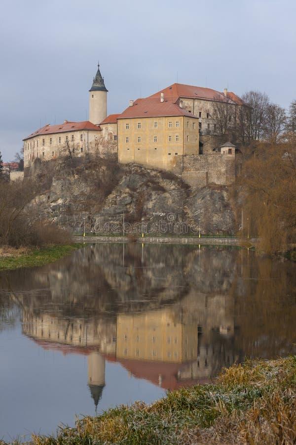 Замок Ледек-над-Сазаву, Чешская Республика стоковая фотография rf