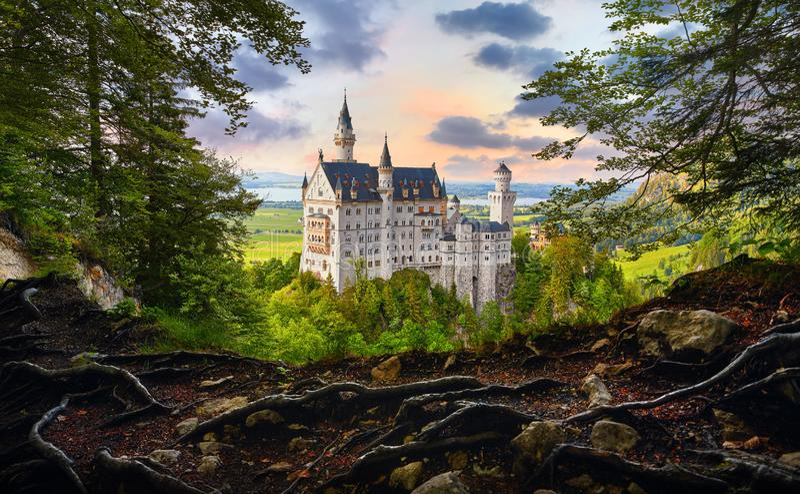 Замок Неушванштайн в Баварии, Германия стоковое фото