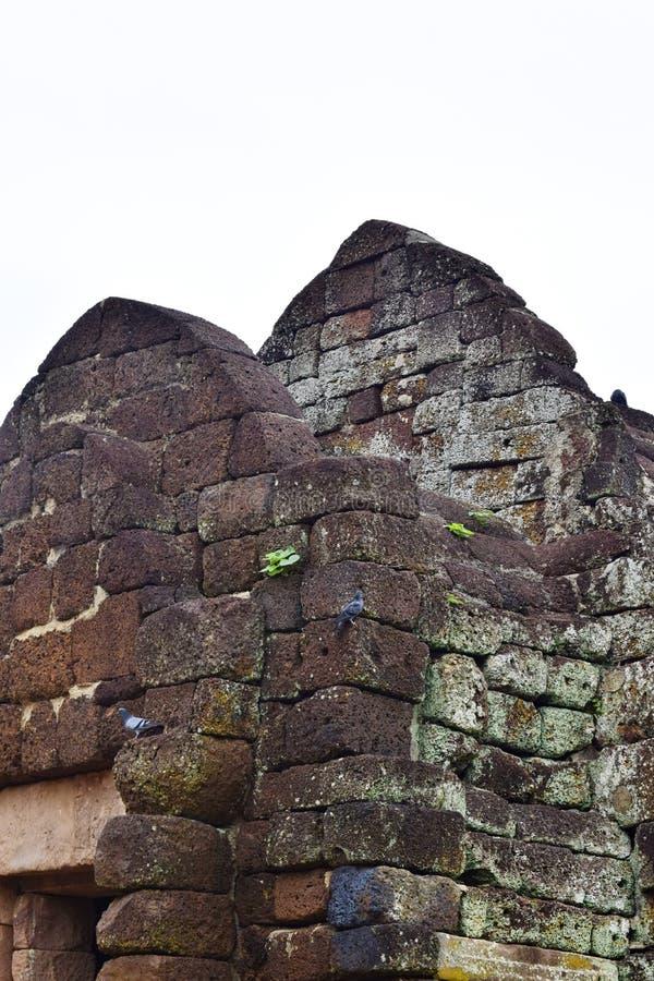 Замок ранга Khao Phanom, самое старое историческое место в Buriram, Таиланде стоковые изображения