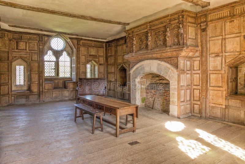 Замок солнечный, Шропшир Stokesay, Англия стоковые изображения rf