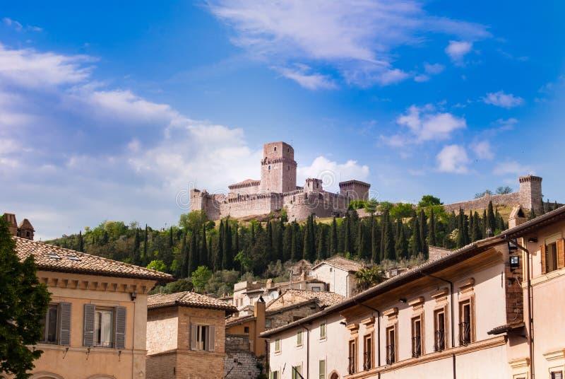 Замок Assisi вызвал Rocca Maggiore стоковое изображение