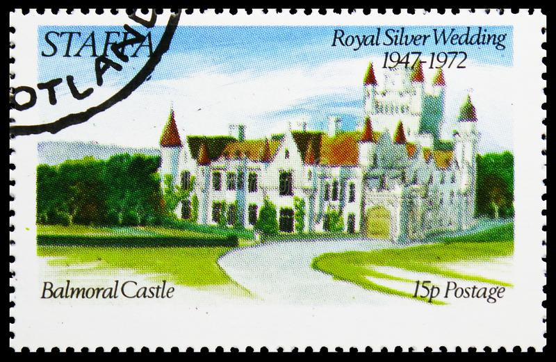 Замок Balmoral, королевская серебряная свадьба, serie Staffa Шотландии, около 1972 стоковое изображение