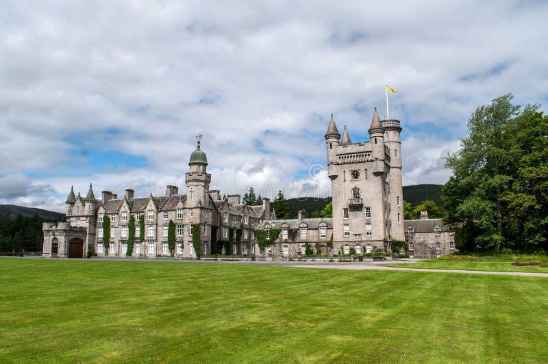 Замок Balmoral - королевский замок в Шотландии стоковое фото rf