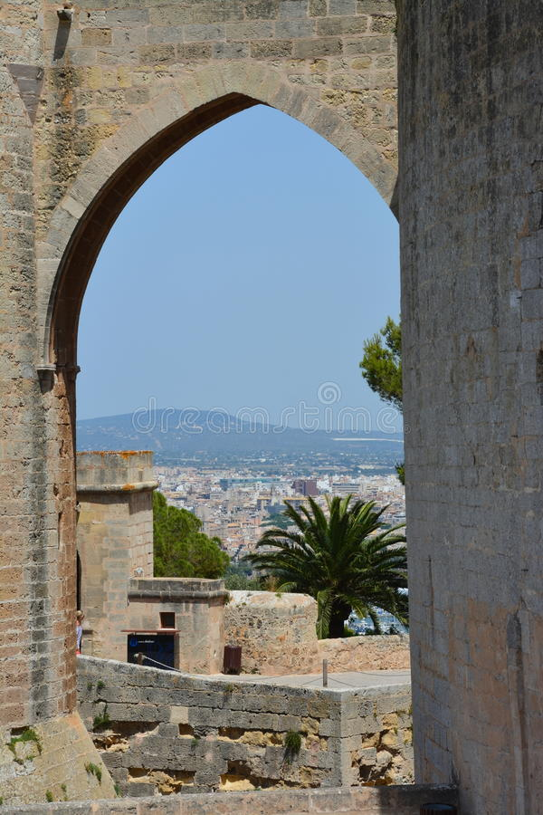 Замок Bellver, (человеческий замок de Bellver) Майорка, Испания стоковые фотографии rf