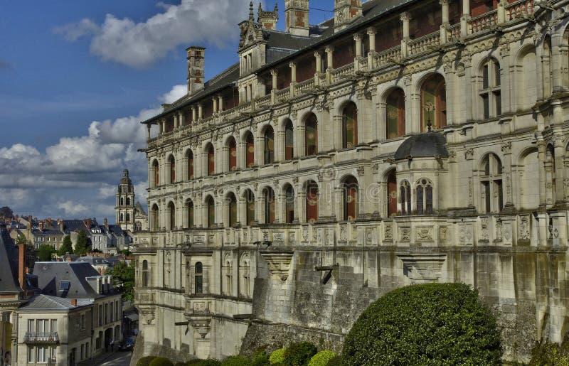Download Замок Blois в Луаре Et Шере Стоковое Изображение - изображение насчитывающей европа, замок: 33737711