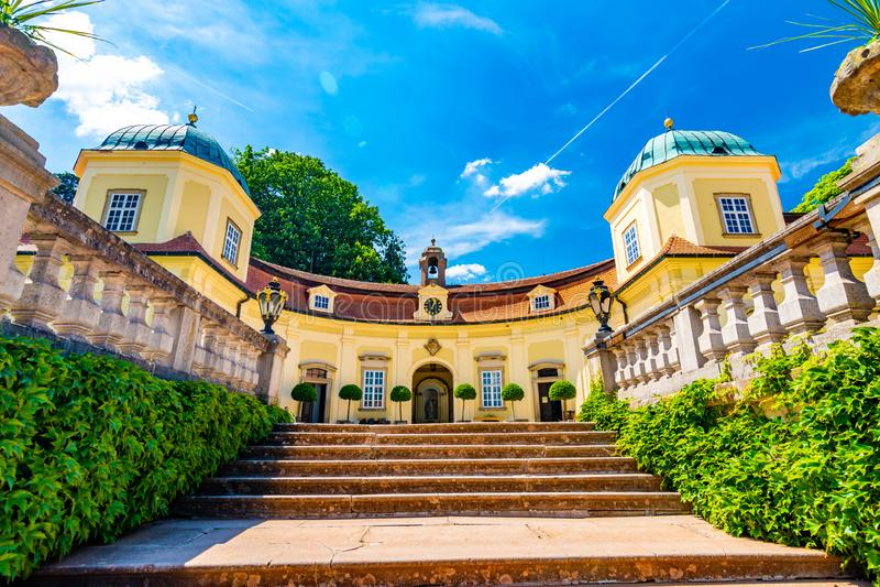 Замок Buchlovice, чехия Старый экстерьер наследия построенный в стиле барокко Известное туристское назначение в южной Моравии стоковое фото rf