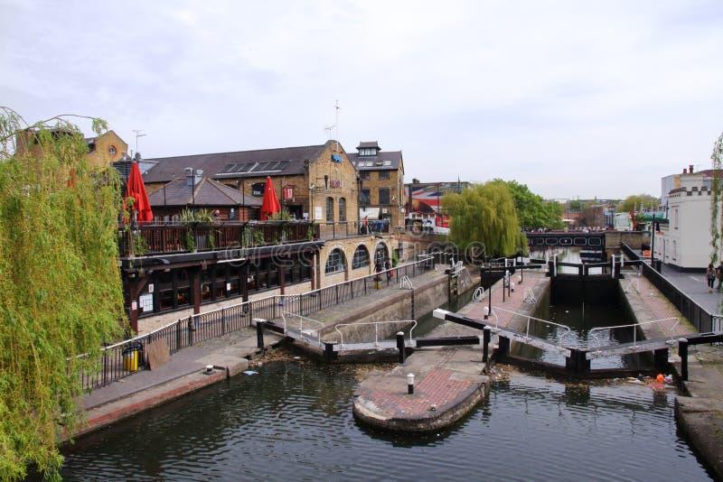 Замок Camden - правящий канал ` s - Лондон - Великобритания стоковая фотография rf