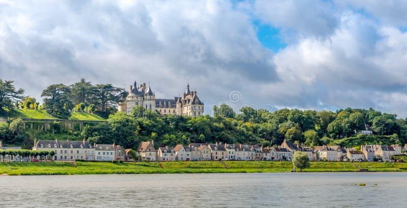Замок Chaumont расположен на реке Луаре стоковое фото rf