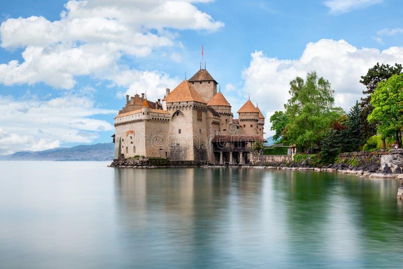 Замок de Chillon на женевском озере в Монтрё, Швейцарии стоковая фотография rf