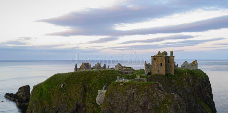 Замок Dunnotter, Stonehaven стоковое изображение rf