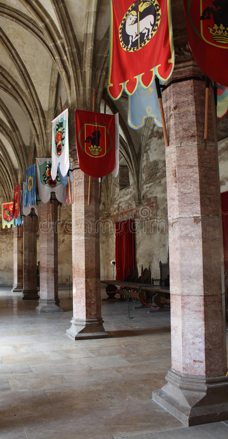 замок flags прихожая средневековая стоковые фотографии rf