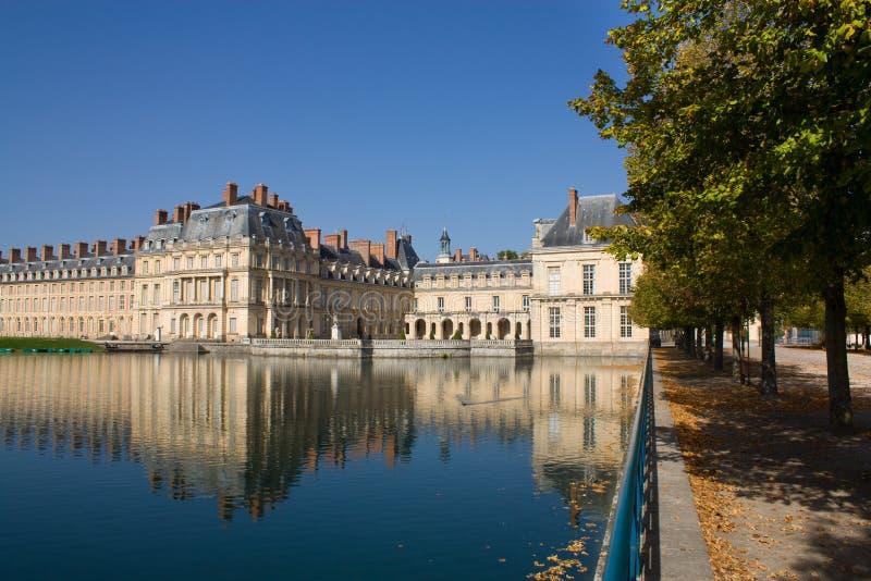 замок fontainebleau стоковое изображение rf