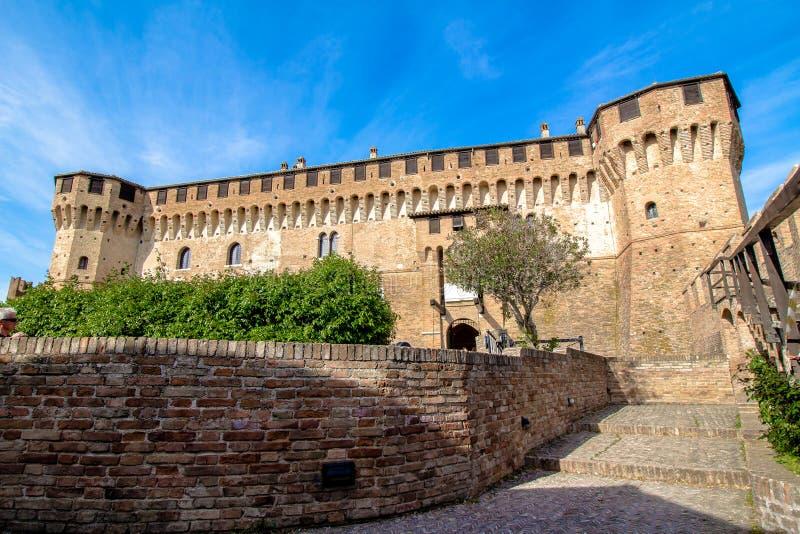 Замок Gradara в Италии стоковое изображение