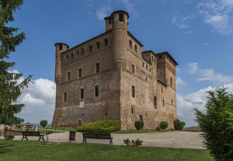 Замок Grinzane Cavour Пьемонт вина стоковые изображения rf