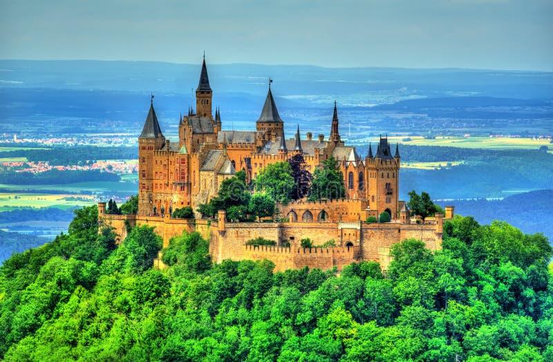 Замок Hohenzollern в Swabian Альпах - Бадене-Wurttemberg, Германии стоковое изображение rf