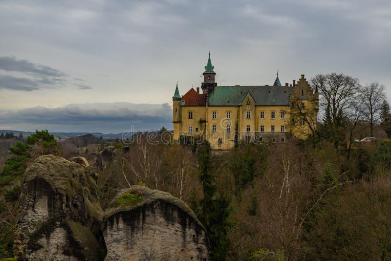 Замок Hruba Skala в богемском рае стоковое фото