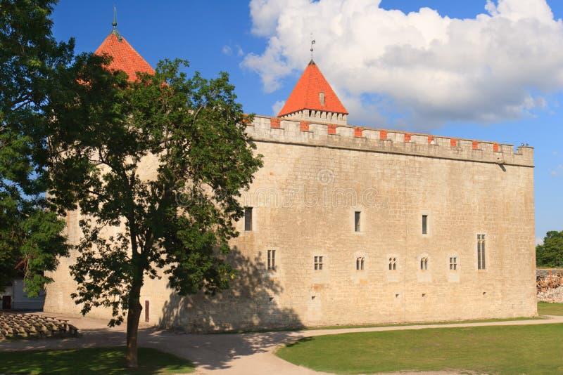 Замок Kuressaare на острове Saarema, Эстонии стоковые изображения