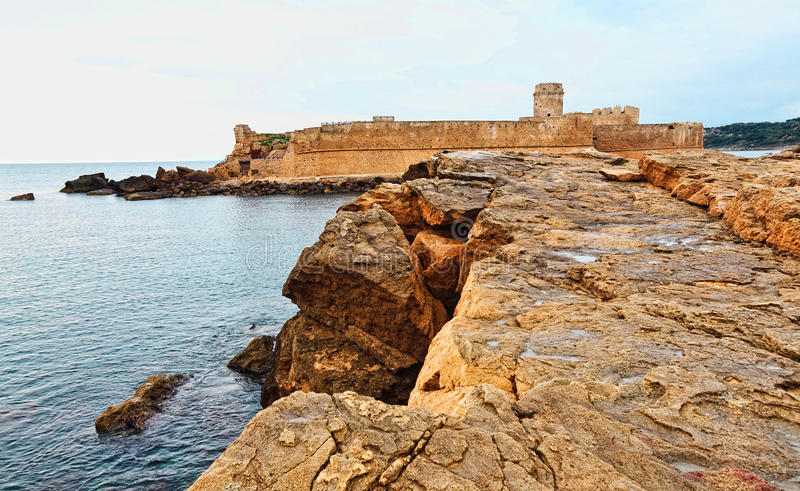 замок le castella стоковая фотография