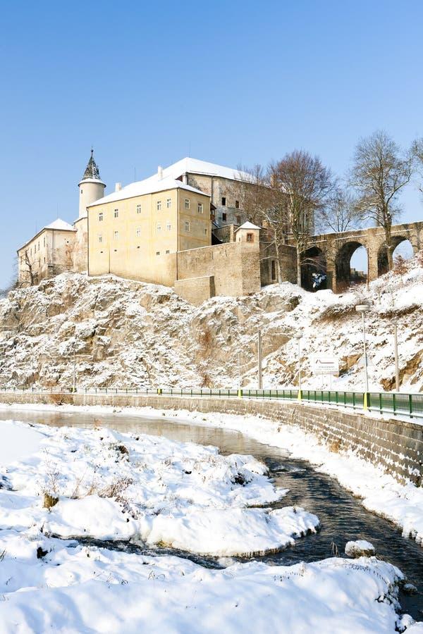 Замок Ledec nad Sazavou в зиме, чехии стоковое изображение rf