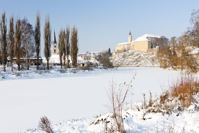 Замок Ledec nad Sazavou в зиме, чехии стоковые изображения rf