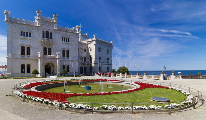Замок Miramare стоковая фотография