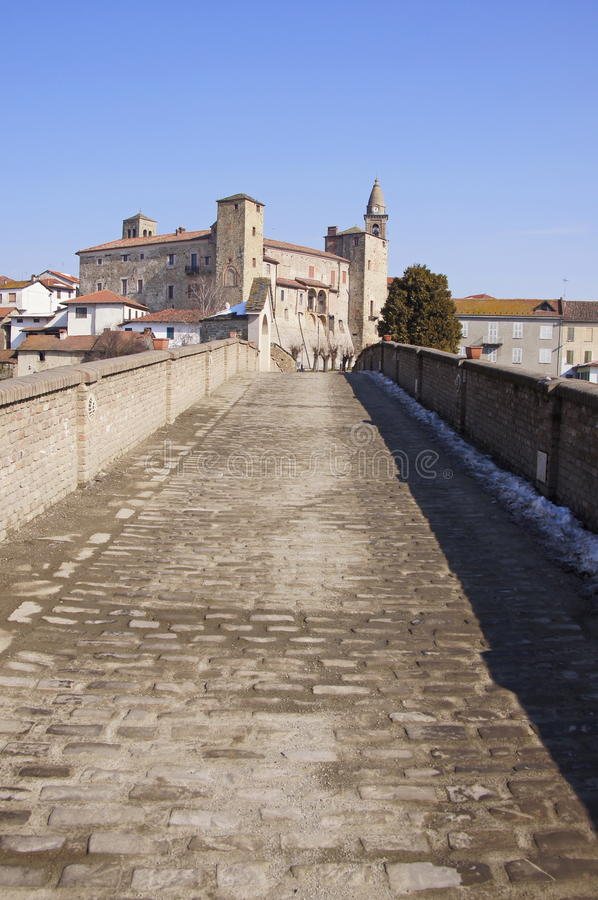 Дорога к замку стоковые фотографии rf