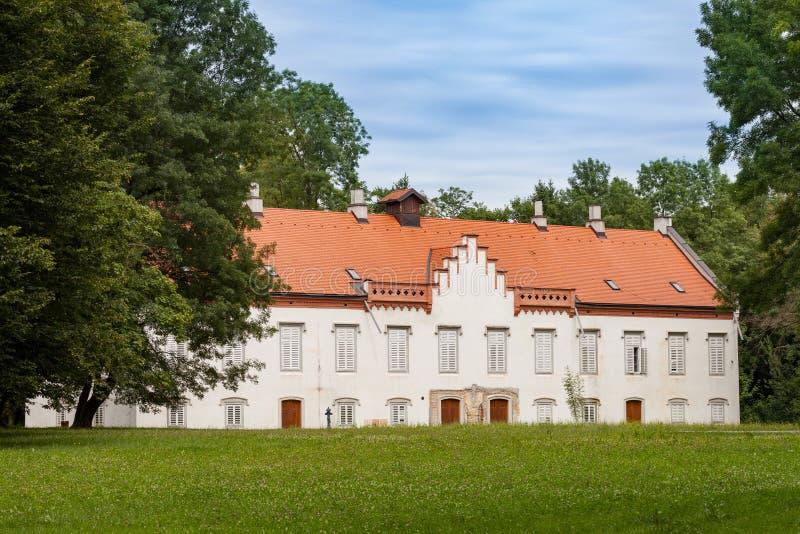 Замок Novi Dvori в Zapresic, Хорватии стоковые изображения rf