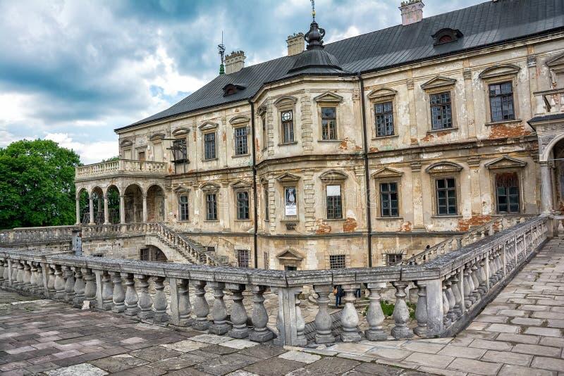 Замок Pidhirtsi, область Львова, Украина стоковое фото
