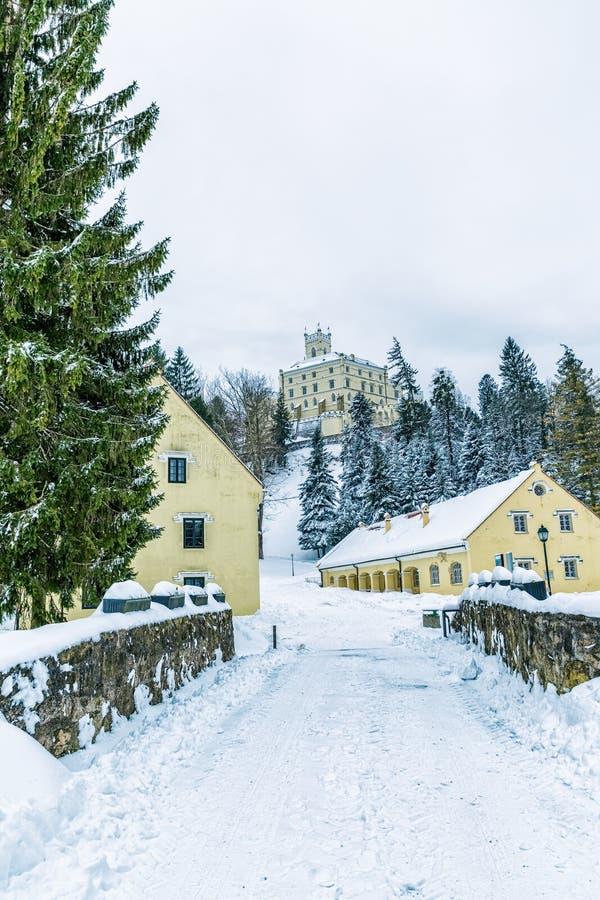 Замок Trakoscan, Хорватия стоковая фотография rf