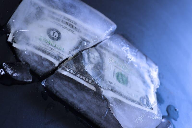 Замораживание доллара стоковая фотография