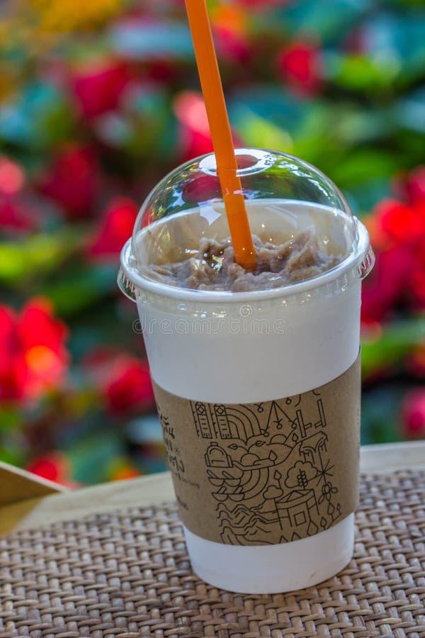 Замороженный кофе в пластичном стекле стоковая фотография