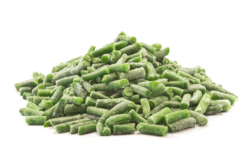 Замороженный овощ зеленых фасолей изолированный на белизне стоковые изображения