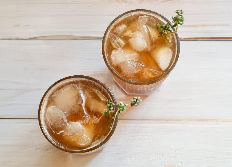 Download замороженный чай стоковое фото. изображение насчитывающей жидкость - 41661392