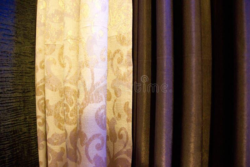 Занавесы 3 цвета стоковые фото