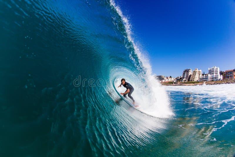 Занимаясь серфингом фото воды волны потехи стоковое изображение rf