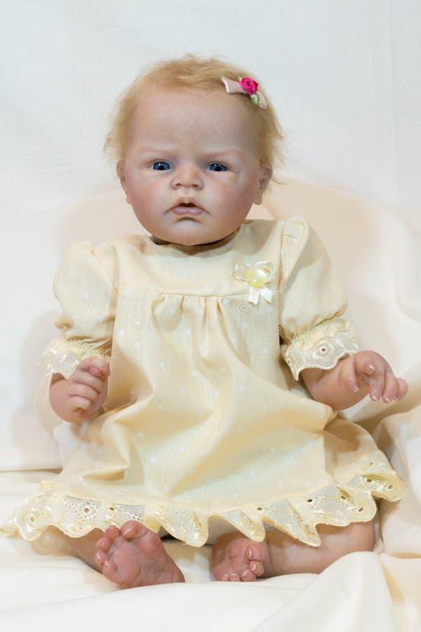 Заново родившийся кукла стоковые изображения