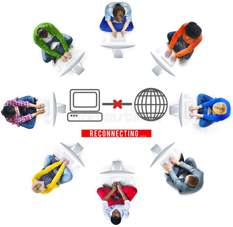 Заново соединять концепцию интернета доступа disconnected стоковое изображение rf