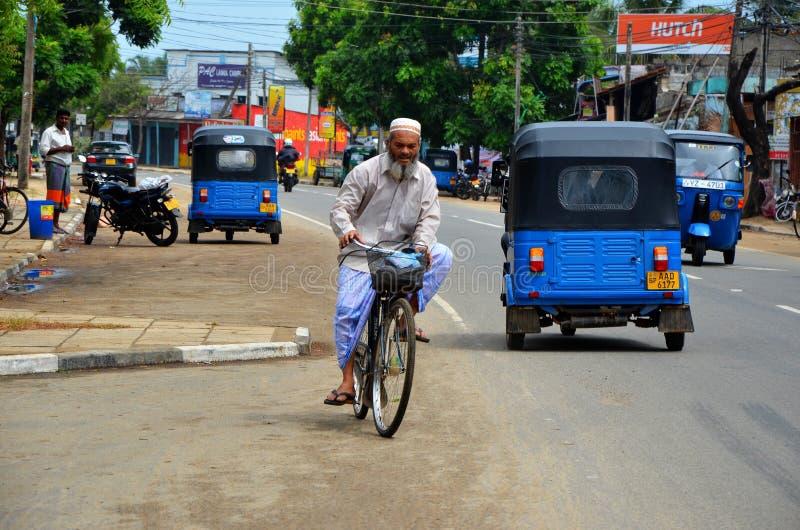 Занятая жизнь в Pottuvil, Srí Lanka стоковое фото rf
