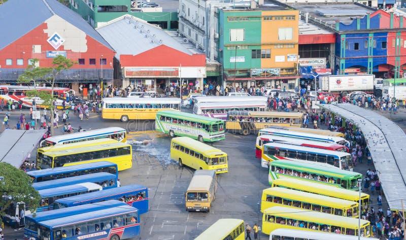 Занятый автовокзал в Фиджи стоковое фото