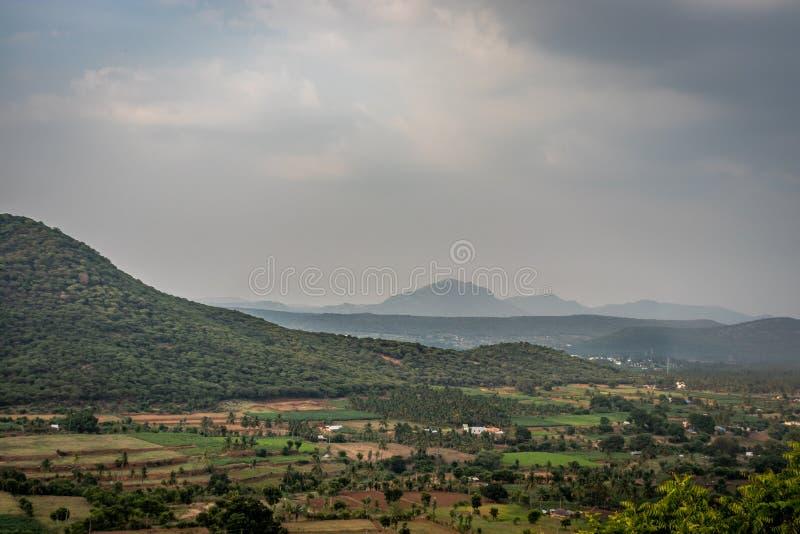 Западный взгляд ландшафта ghat стоковые фото