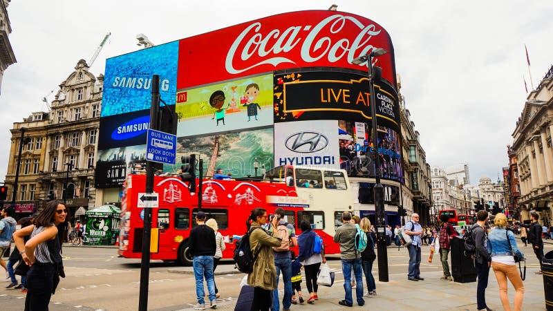 Западный край ` s Лондона, Лондона в городе Вестминстера, Цирк Piccadilly стоковая фотография