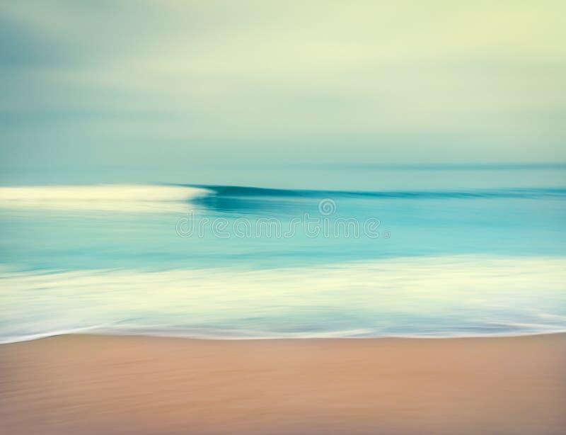 Запачканная океанская волна стоковые изображения rf