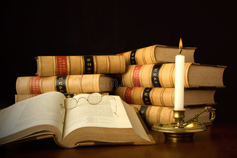 записывает закон света горящей свечи стоковое фото