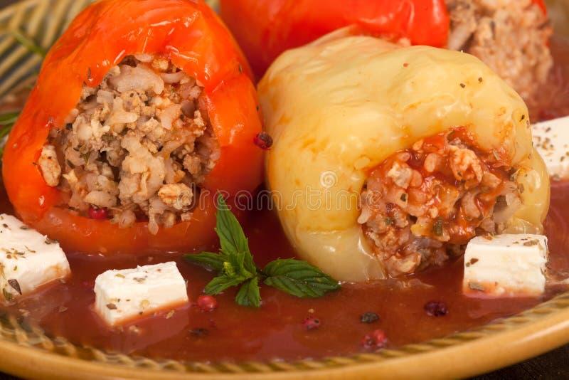 Заполненные перцы с семенить мясом и рисом стоковые изображения