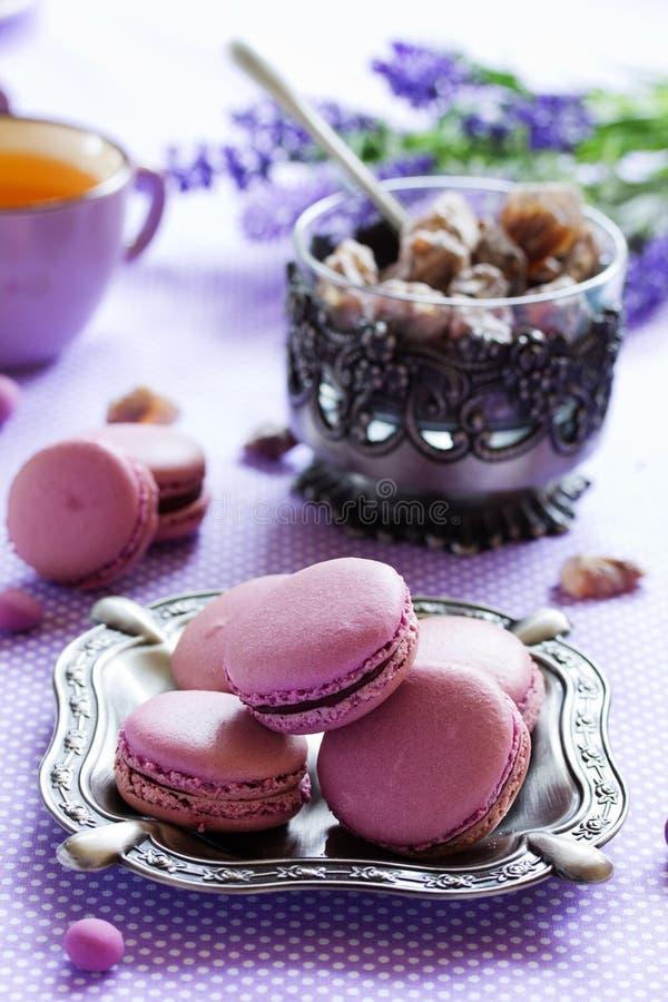 Заполненные печенья Makarons французские стоковое изображение