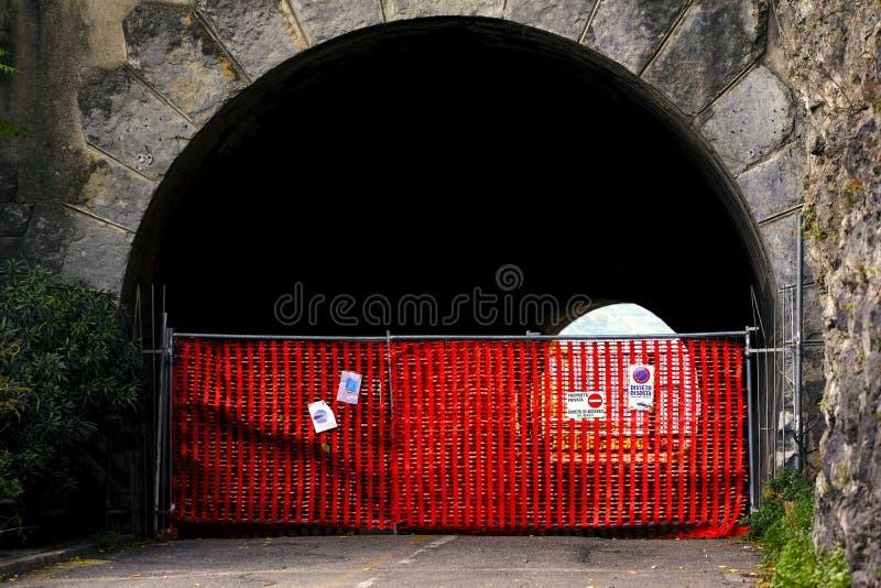 Запретный зона, знак стопа стоковая фотография