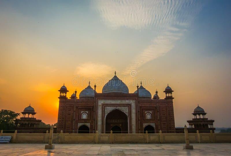 Запрет Kau мечети около Тадж-Махала стоковое фото rf