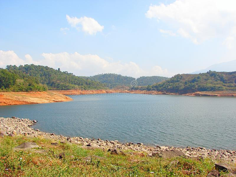 Запруда Banasura Sagar - самая большая запруда земли в Индии, Wayanad, Керале стоковое изображение