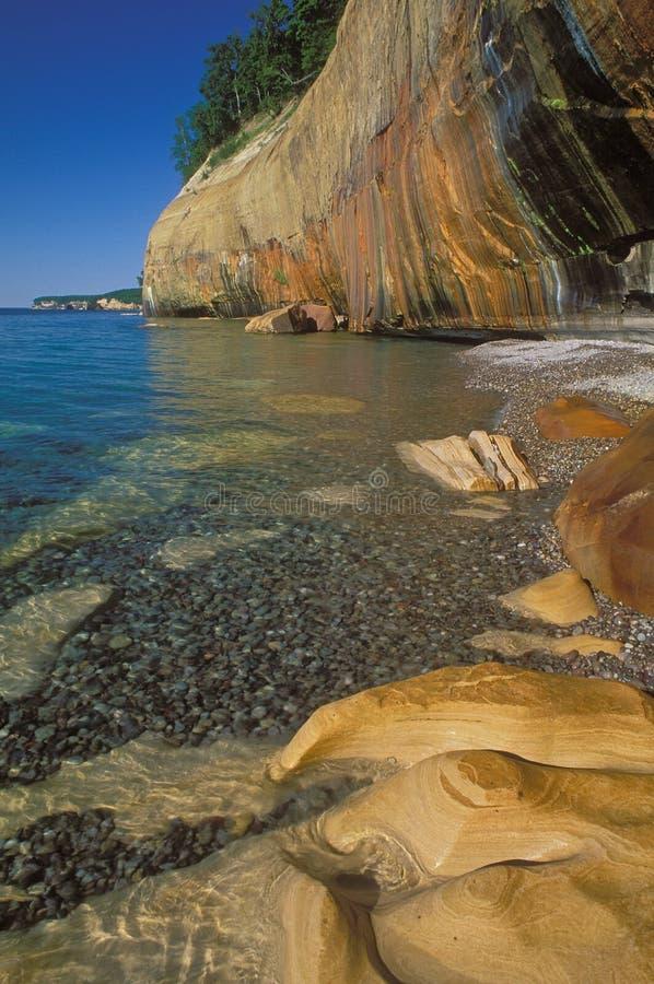 запятнанный минерал скалы стоковое изображение
